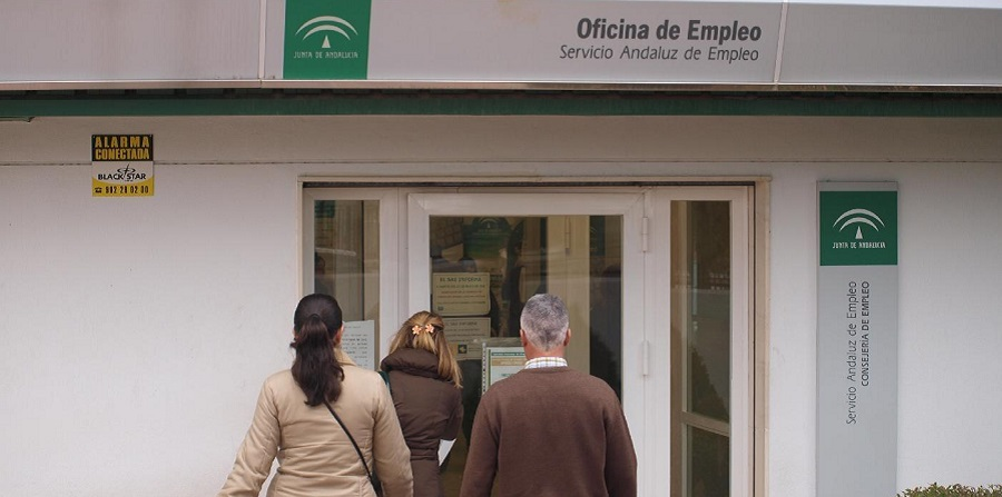 El Servicio Andaluz de Empleo ha incorporado solo a 182 interinos para afrontar la sobrecarga de los ERTE