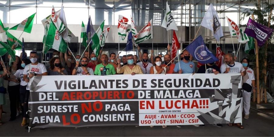 Primera jornada de huelga de los vigilantes del aeropuerto de Málaga contra los incumplimientos